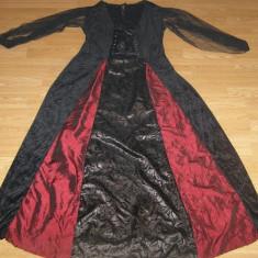costum carnaval serbare rochie medievala vrajitoare pentru adulti marime L-XL