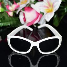 Ochelari albi de soare pentru copii