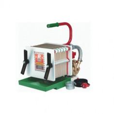 Filtru vin Rover Colombo 12, capacitate 350-500 L/h, 12 placi, dimensiune 20 x 20 cm, pompa bronz Mania Tools