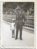 Fotografie Ploiesti 1934 barbat si copil