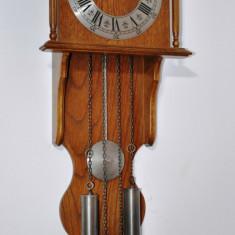 Ceas de perete cu pendula si 2 greutati  Hermle