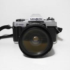 Minolta X-300 cu obiectiv Makinon f/3.5-4.5 f=28-70mm, Konica Minolta