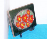 Cumpara ieftin Tablou ceramica basorelief - Panselute 5 - semnat Aimo Nietosvuori, JIE Suedia