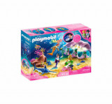 Cumpara ieftin Playmobil Magic, Mermaids world - Sirene cu cochilie si perle luminate