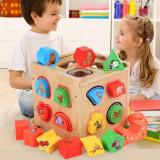 Cub educativ Montessori din lemn 5 in 1 cu activitati, sortare forme geometrice