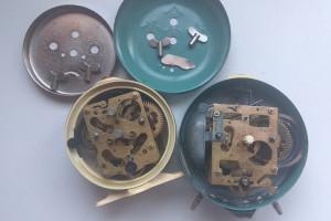 lot ceasuri Defecte, mecanic de masa desteptator piese sticla geam, Rusia Iantar