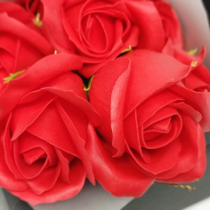 Buchet 7 trandafiri de săpun, MikaMax