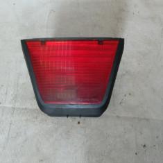 Lampa suplimentara stop Dacia Logan An 2004-2012 cod 8200211037