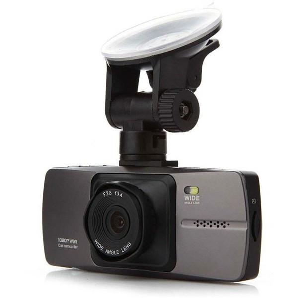 Resigilat! Camera Auto iUni Dash i88, rezolutie 1080p Full HD, LCD 2.7 inch, 140 grade, senzor G, by Anytek + Card 16 GB