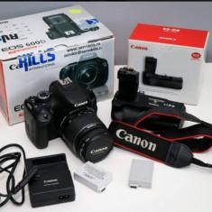 Canon eos 600d cu obiectiv 18-55mm +grip