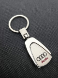 Breloc Auto Audi logo argintiu accesorii chei masina cadou pentru detinatori