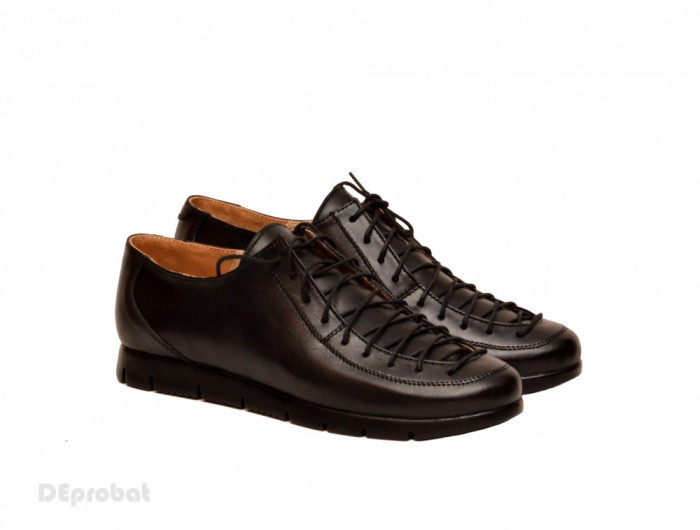 Pantofi dama casual-eleganti din piele naturala cod P162 (Negru si Bleumarin)