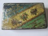 Cumpara ieftin Rara! Cutie tabla deteriorata 50 cigarettes Triple Antente-Romania cca 1914