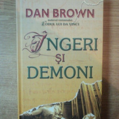 INGERI SI DEMONI de DAN BROWN