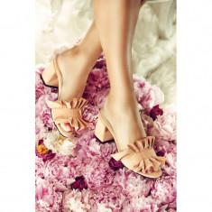 Papuci dama din piele naturala cu toc Frills Roz