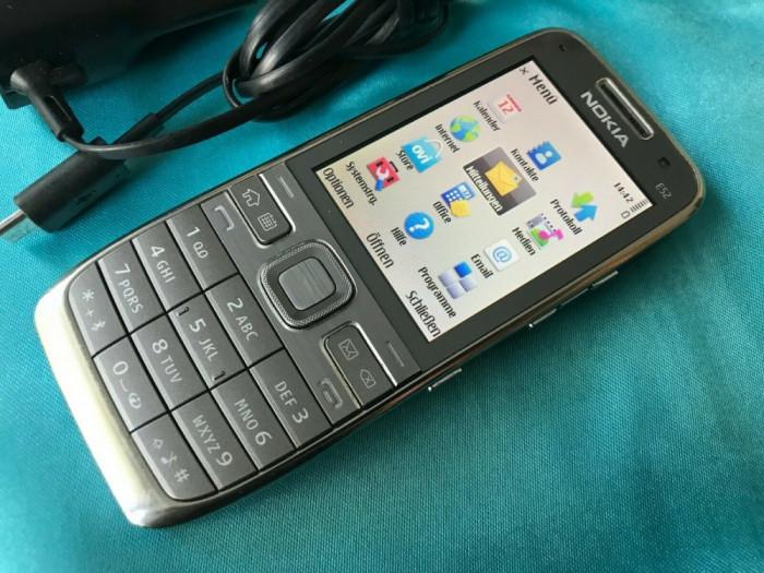 Nokia E52-1 liber Necodat smartphone ireprosabil culoare gri/silver