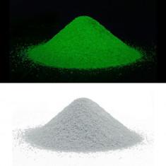 Nisip decorativ fosforescent alb care lumineaza verde
