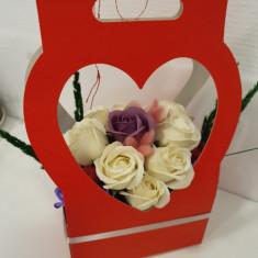 Decoratiune cu trandafiri de sapun Inimioara