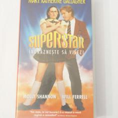 Caseta video VHS originala film tradus Ro - Superstar Indrazneste sa Visezi