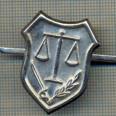 Y 1702 INSIGNA - MILITARA -SEMN DE ARMA -JUSTITIE MILITARA  -PENTRU COLECTIONARI