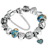 Bratara pentru iubire, tip Pandora, placata cu argint si sticla Murano cu charmuri inima dragostei si simboluri norocoase