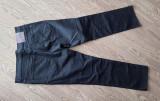 BLUGI MUSTANG TRAMPER TRUE DENIM NEGRU 36/32 SLIM FIT STRAIGHT LEG, Lungi