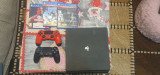 PlayStation 4 slim 1tb ,2 manete plus 3 jocuri