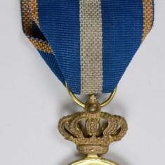 Medalia Serviciu Credincios clasa 1, model 1932, panglica originala - model RAR