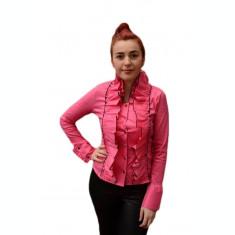 Camasa deosebita de nuanta roz cu volanase in zona din fata