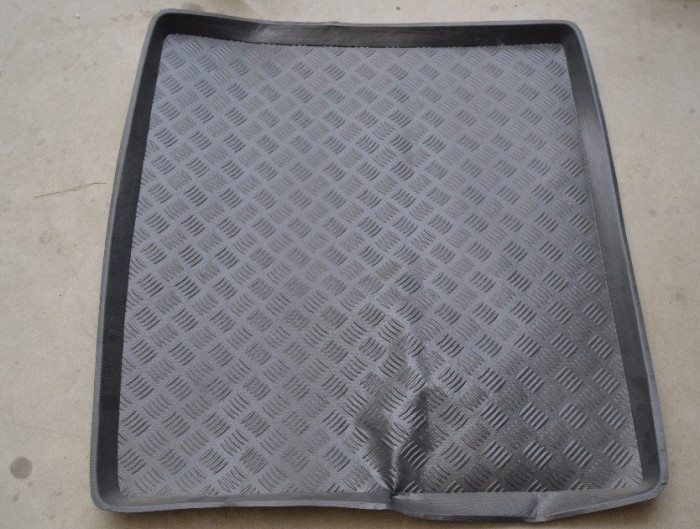Tavita portbagaj Bmw X1 (E84), 09.2009-2015 , fara panza antialunecare - PRODUS RESIGILAT -VEZI POZE