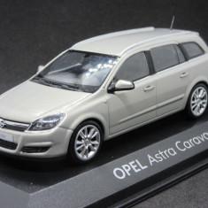 Macheta Opel Astra H Caravan Minichamps 1:43