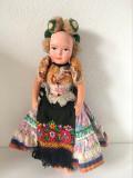 * Papusa etno costum etnic popular, material textil umplut, fata pictata, 33cm