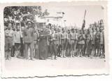 Fotografie premilitari pusca preot steag 1936