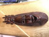 Masca veche balineza,sculptata,basorelief  in lemn masiv