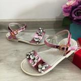 Cumpara ieftin Sandale roz elegante cu pietre strasuri pt fete / talpa moale 25 26 27 28 29 30
