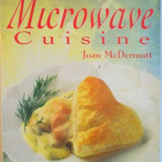 MICROWAVE CUISINE, FOR MICROWAVE CONVECTION OVENS de JOAN McDERMOTT, 1993