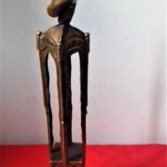 Statueta superba bronz semnata