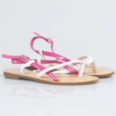 Sandale fetite noi marime 32