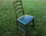 Cumpara ieftin Scaun lemn masiv- vintage/ retro/ shabby