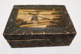 Caseta din lemn - lucrata manual - cutie pentru bijuterii veche anii 1930