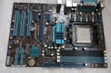 Placa de baza ASUS M4A77T socket AM3