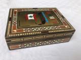 Cutie libaneza din lemn frumos lucrata cu intarsii