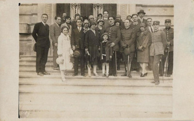 Fotografie ofiteri romani cu sabii anii 1930 foto