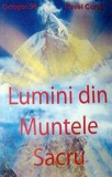 Lumini din Muntele Sacru/Pavel Corut