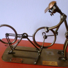 Steelman24 I Nuts and bolts sculpture