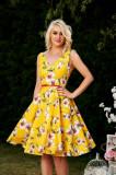 Rochie StarShinerS galbena midi de zi in clos cu imprimeu floral si decolteu adanc