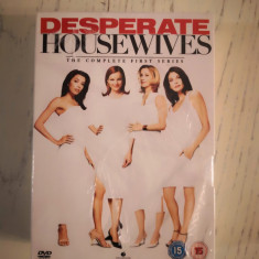 Serial DVD Desperate Housewives / Neveste disperate -sezonul 1 complet
