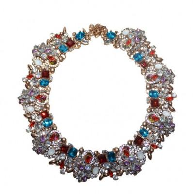Colier trendy cu design elegant din strasuri si cristale colorate,pe metal auriu foto