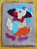Ratusca cu palarie - Tablou textil artizanal lucrat manual anii 60, 21x16,5cm