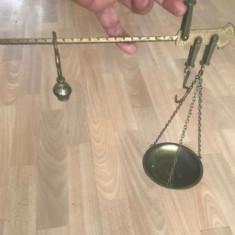 Balanta veche din alama sau bronz